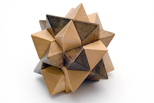dřevěný hlavolam