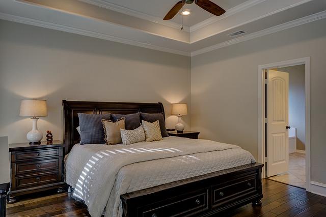ložnice ve starším stylu